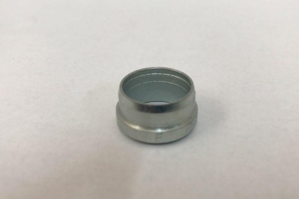 Usečni prsten priključak za cevi